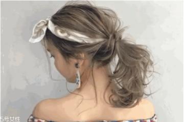 丝巾扎头发怎么才好看 丝巾扎头发的方法