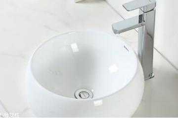 洗脸盆水垢如何去除 洗脸盆水垢的清理办法