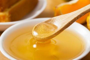 蜂蜜泡大蒜的功效 可治疗多种疾病