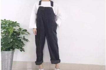 背带裤怎么搭配-超减龄的小清新装扮