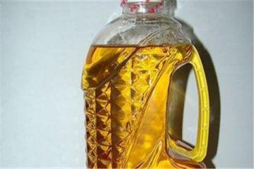 色拉油可以用花生油代替吗 色拉油怎么用比较好