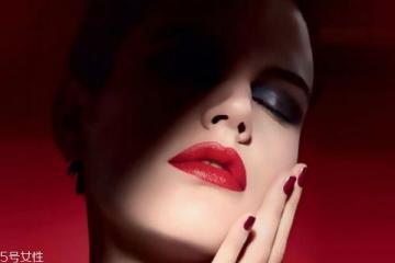 涂口红的正确步骤 唇妆的误区