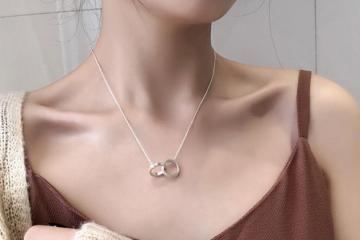 锁骨链和项链哪种好看-锁骨链和项链的区别